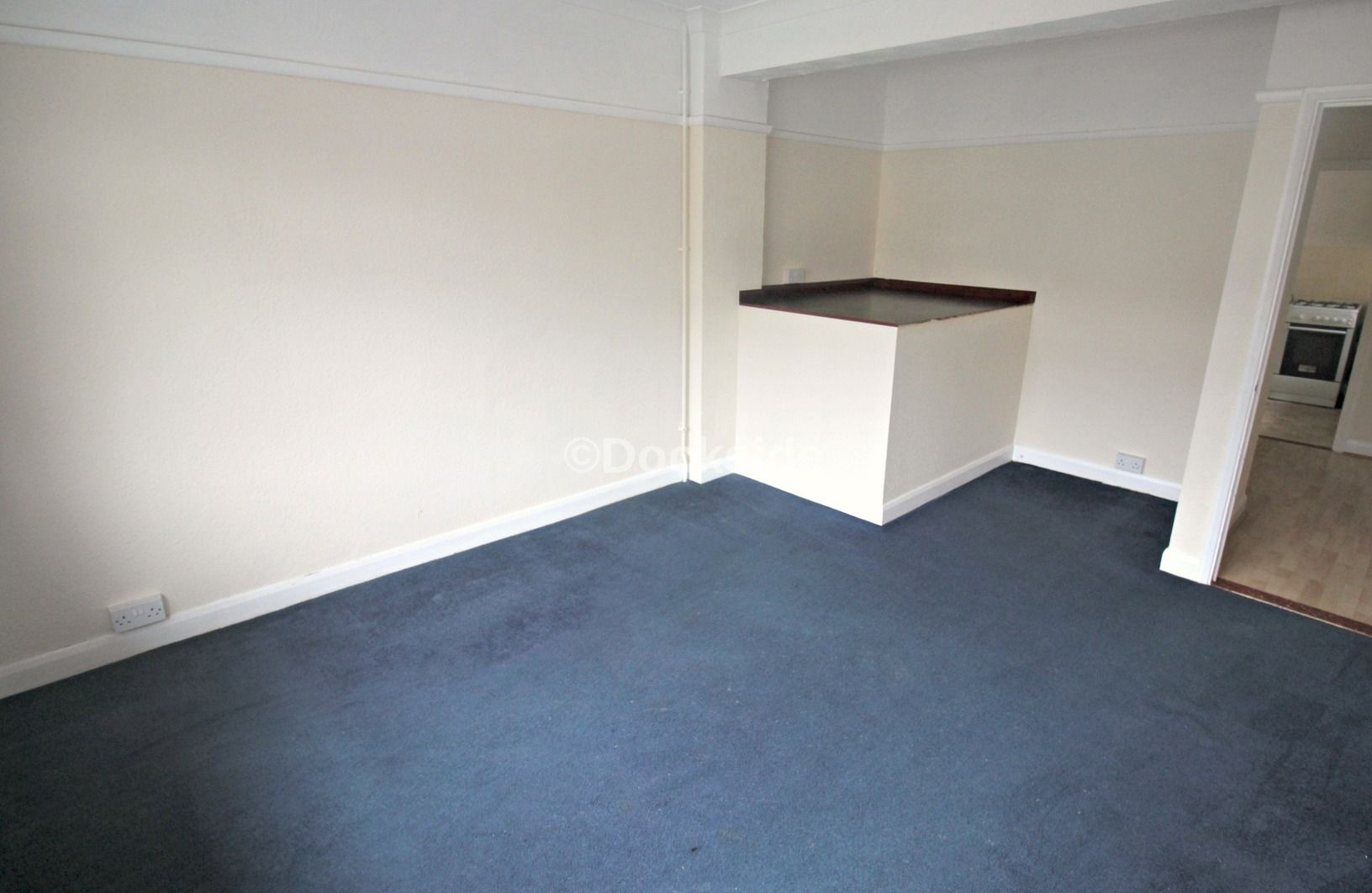 2 bed flat to rent in Boundary Road  - Property Image 4