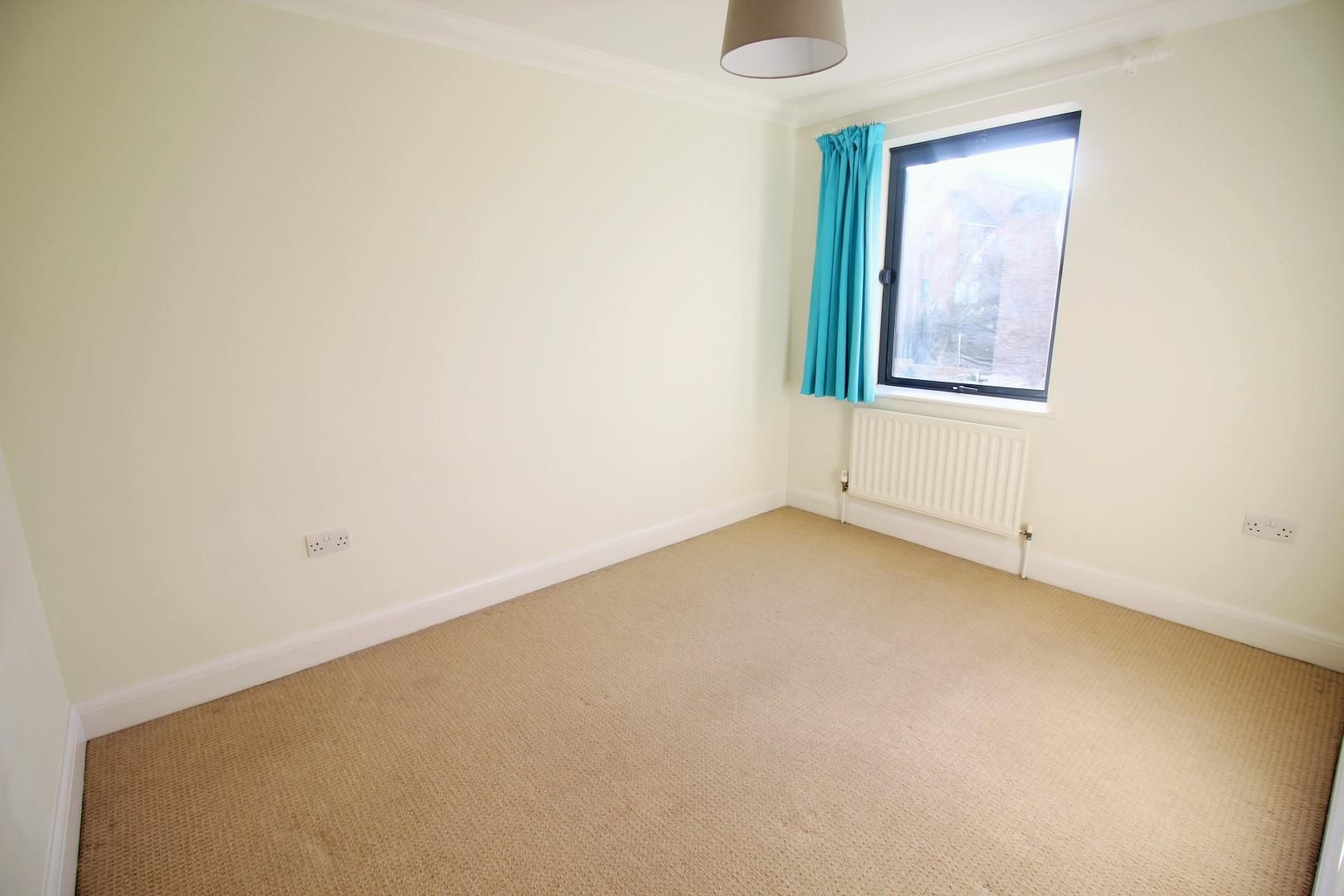 4 bed house to rent in Church Lane  - Property Image 11