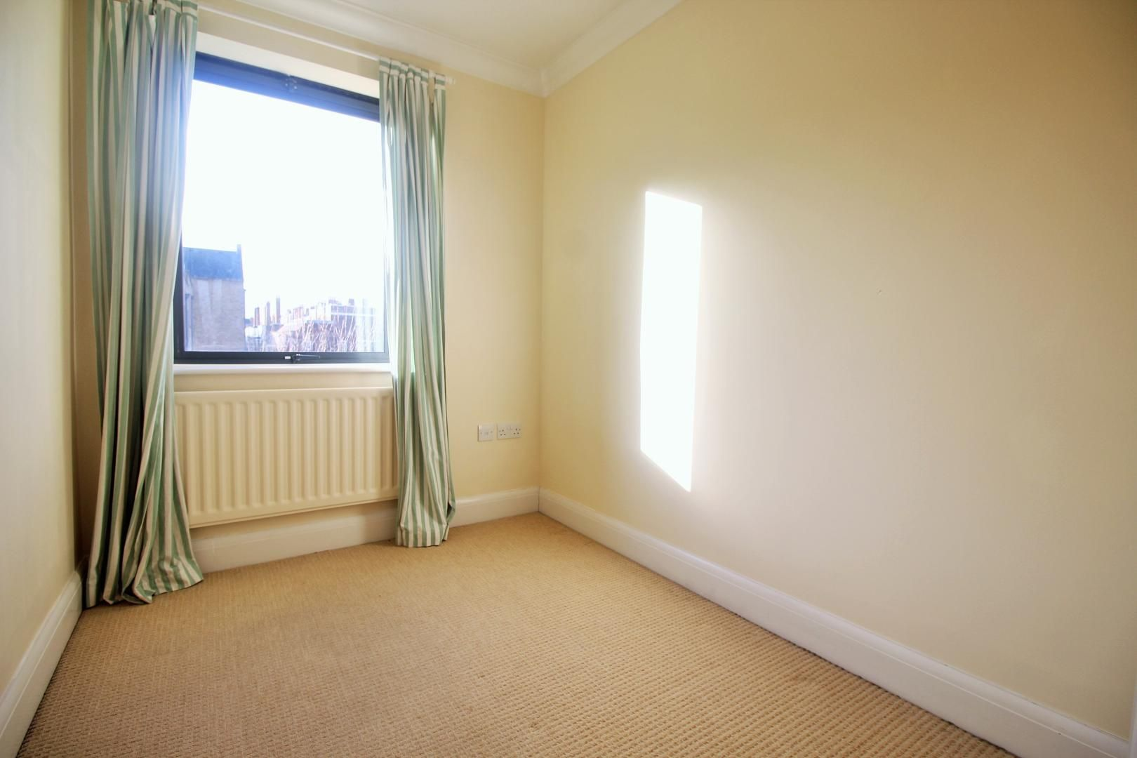 4 bed house to rent in Church Lane  - Property Image 12