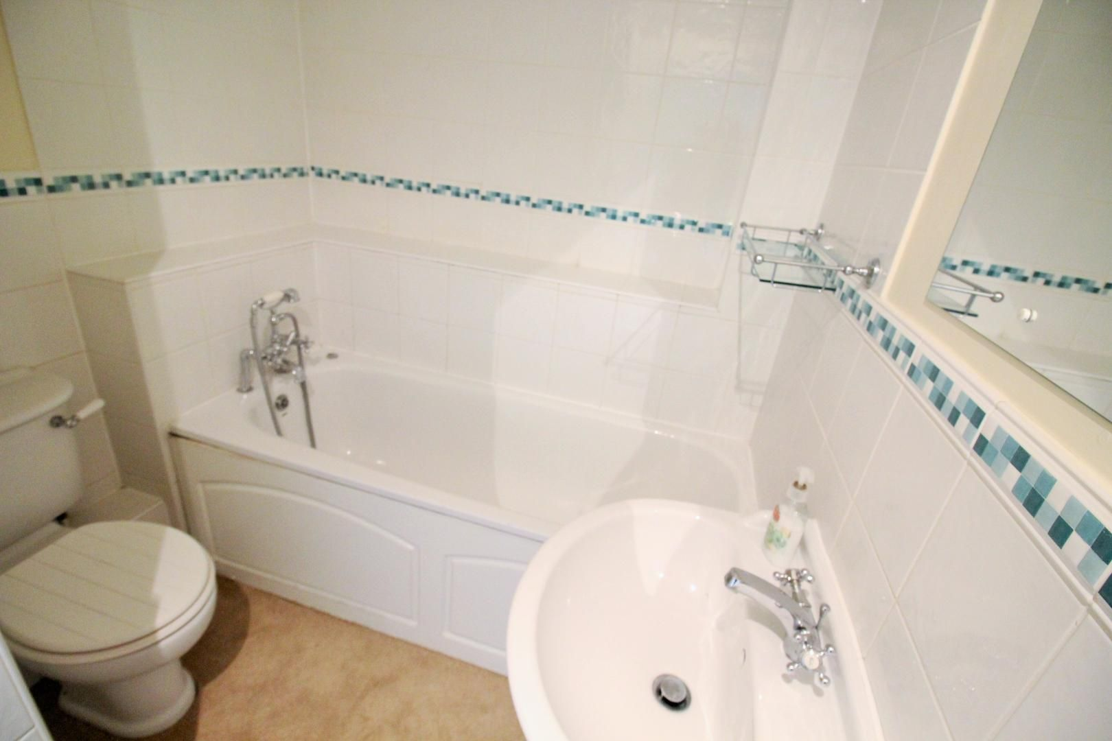 4 bed house to rent in Church Lane  - Property Image 13