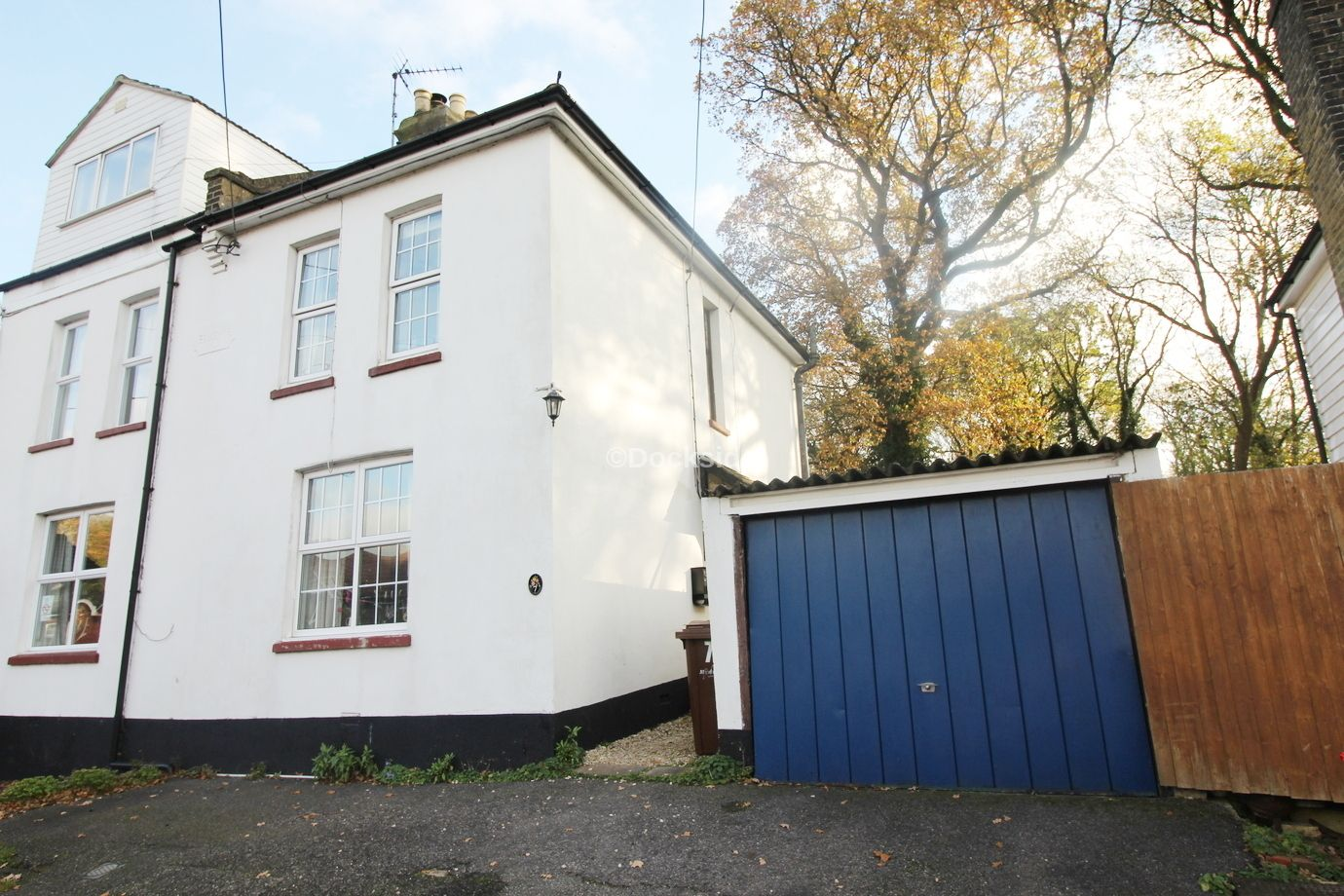3 bed house for sale in Castle Street, ME2