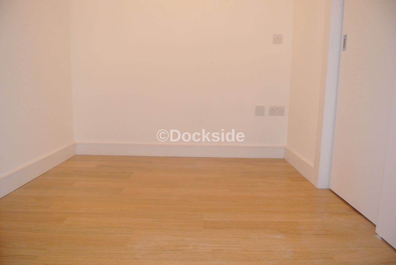 1 bed flat to rent in Dock Head Road  - Property Image 3