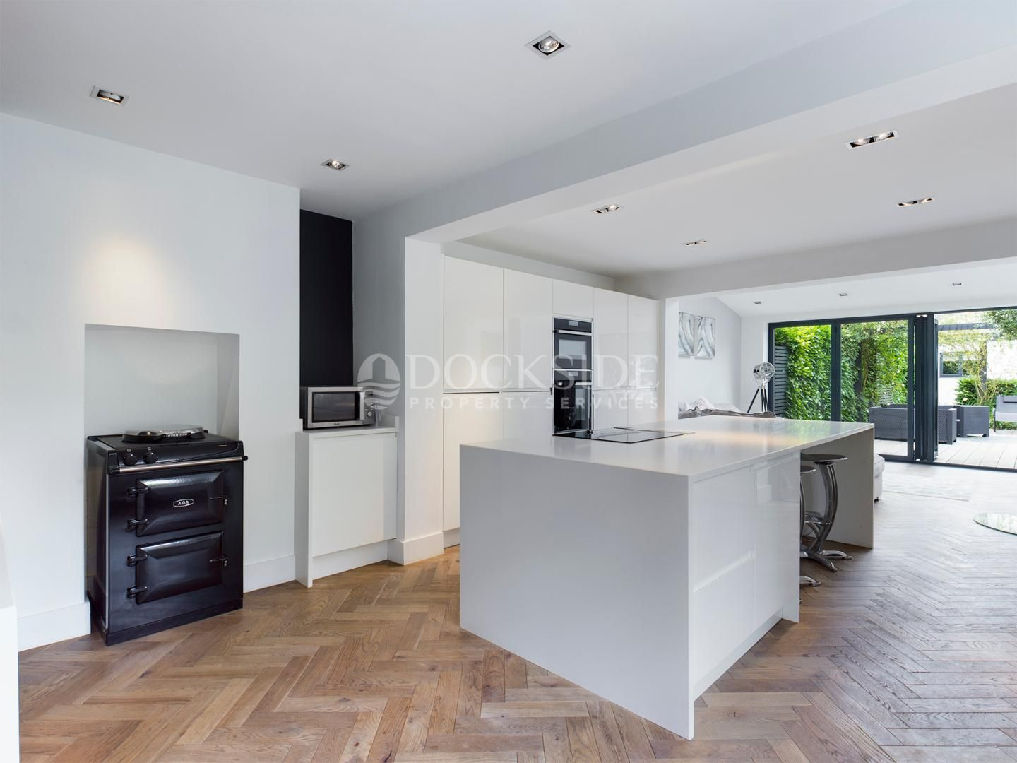3 bed house to rent in Town Road  - Property Image 2
