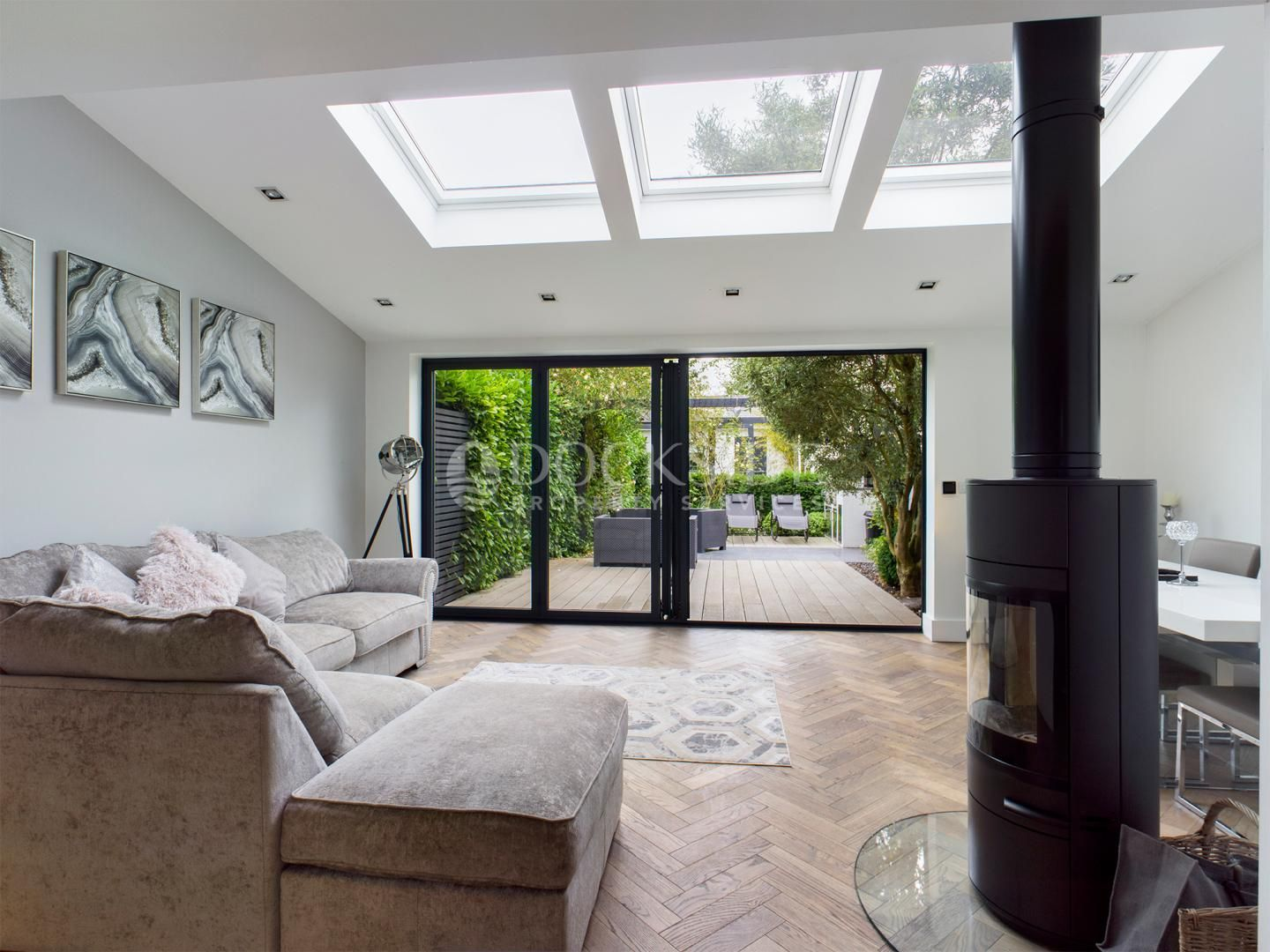 3 bed house to rent in Town Road  - Property Image 5