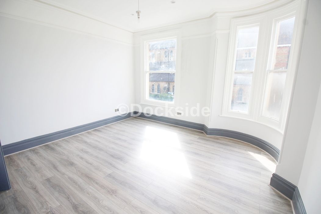 2 bed flat for sale in High Street, ME7