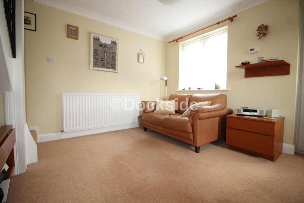 1 bed house for sale in Galleon Close  - Property Image 3