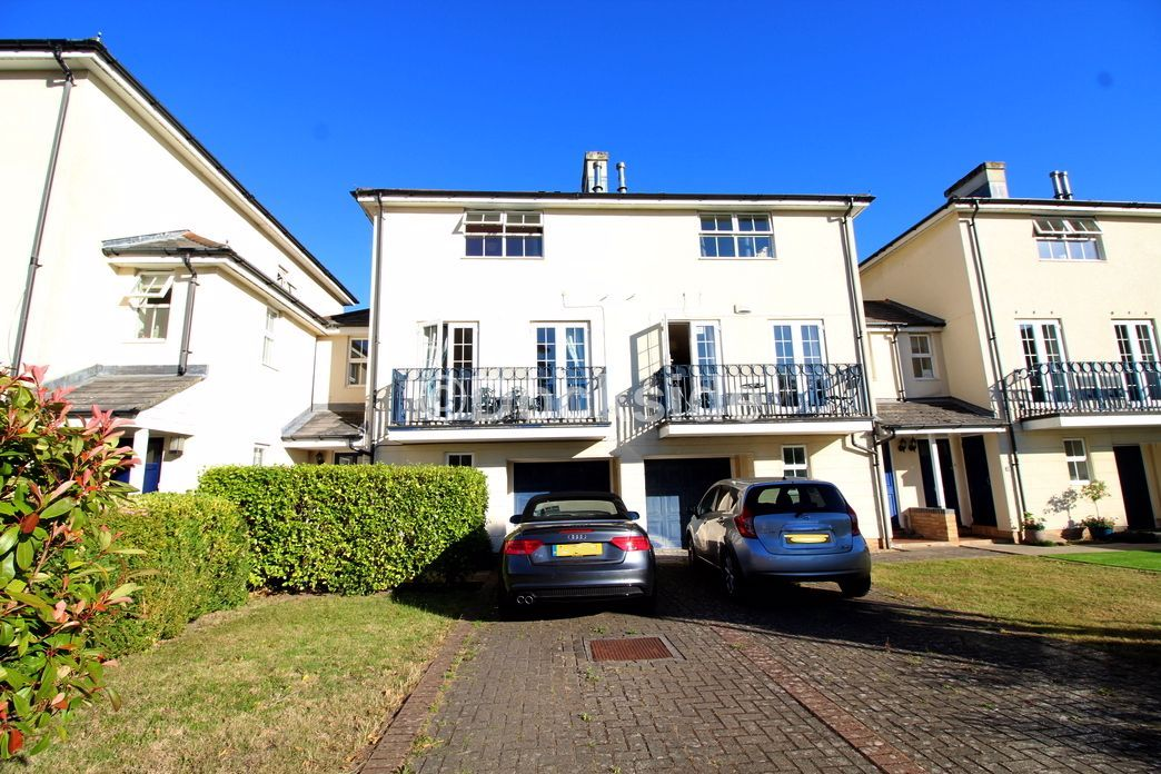 4 bed house for sale in Fennel Close, ME1