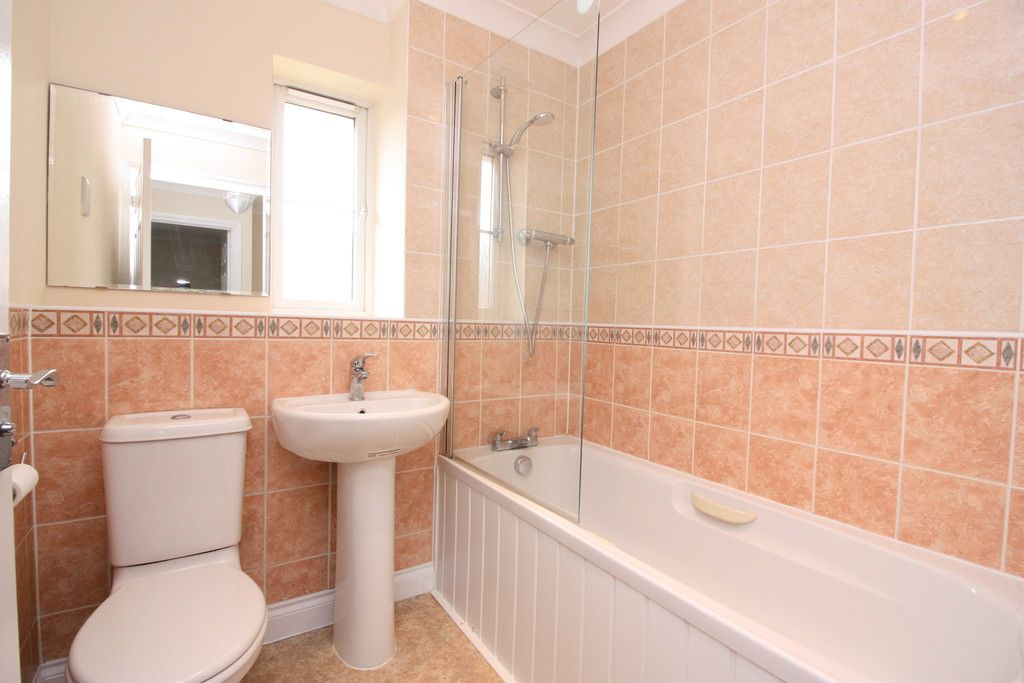 2 bed house to rent in Sovereign Court, Clyst Heath 9
