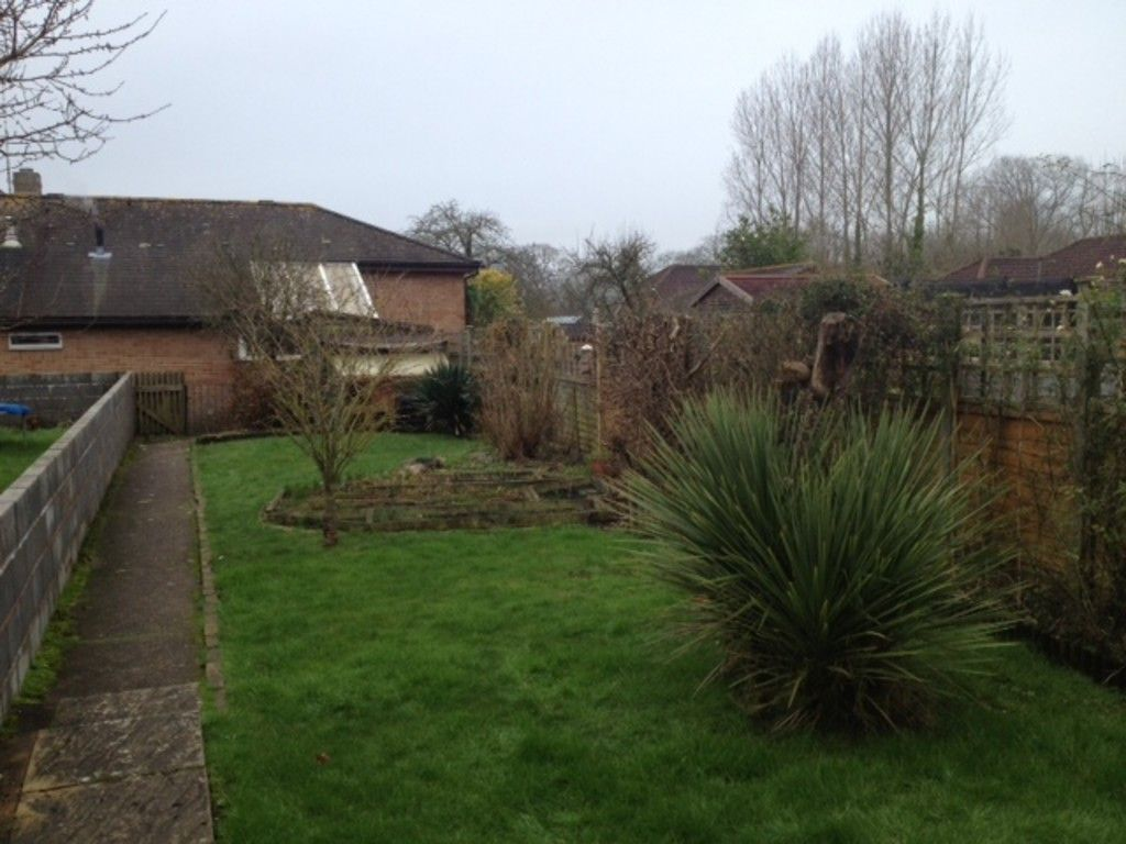 3 bed house to rent in Alexandra Terrace, Broadclyst 2