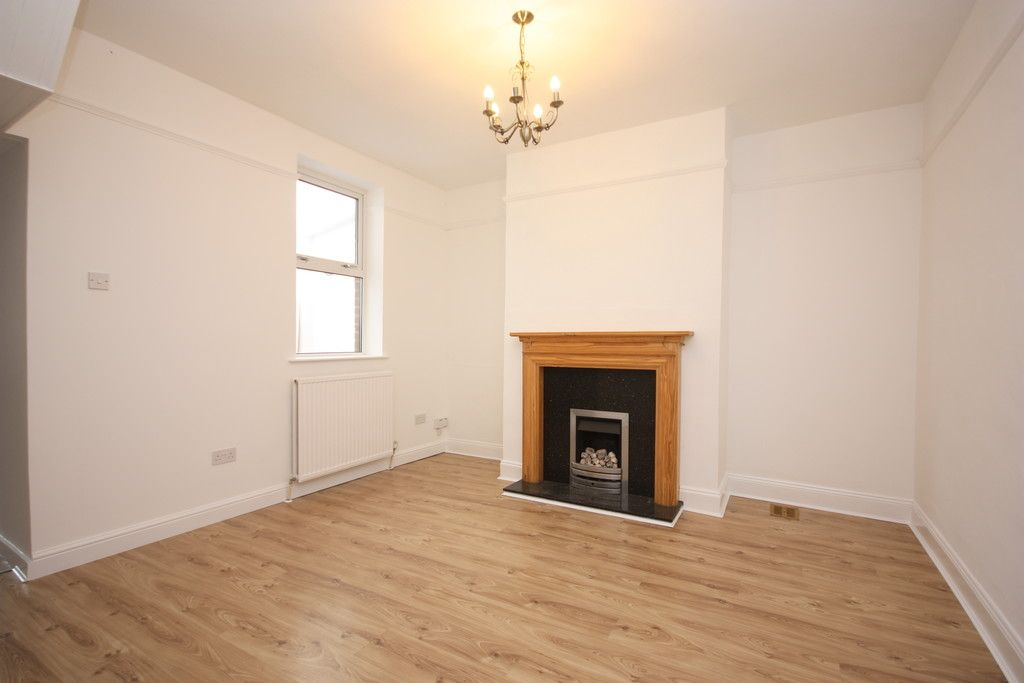 3 bed house to rent in Alexandra Terrace, Broadclyst  - Property Image 5