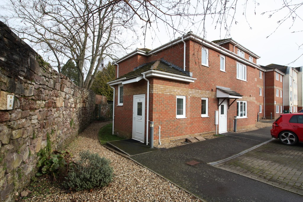 2 bed flat to rent in Park View, Prospect Place 1