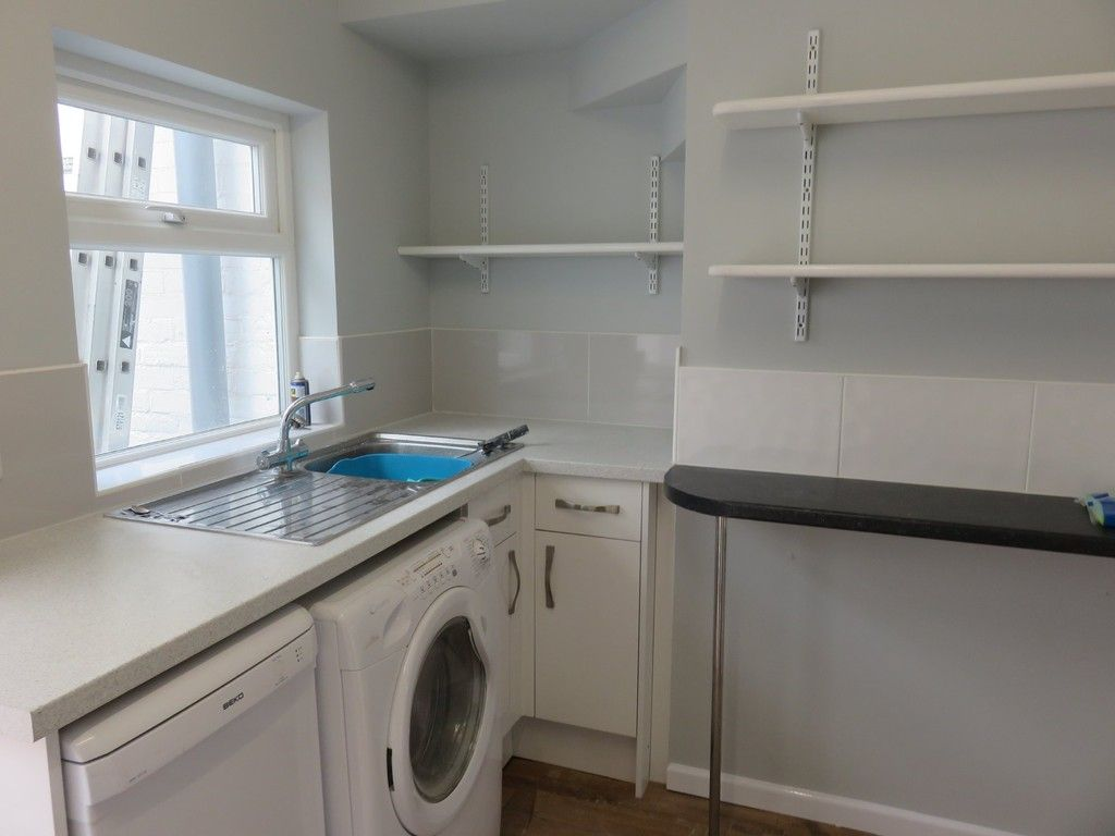 2 bed house to rent in Wonford Street 4