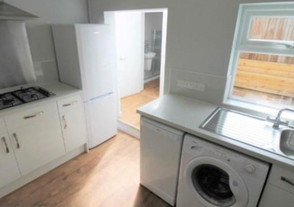 2 bed house to rent in Wonford Street 5