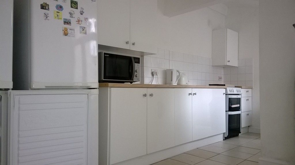 5 bed house for sale in Victoria Street, St James, Exeter  - Property Image 2