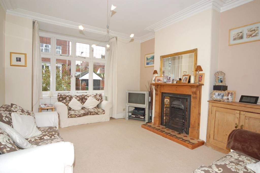 6 bed house for sale in Waverley Avenue, St James, Exeter 2