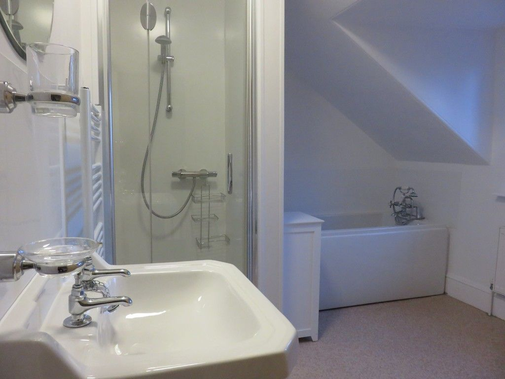 6 bed house for sale in Waverley Avenue, St James, Exeter  - Property Image 15