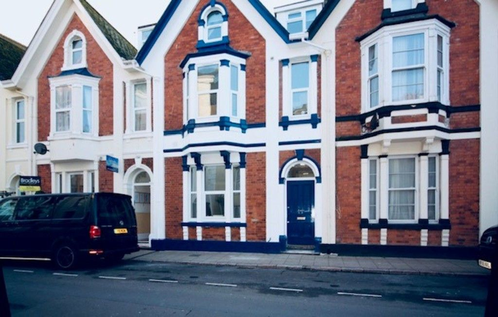 2 bed flat to rent in Northumberland Place, Teignmouth 8