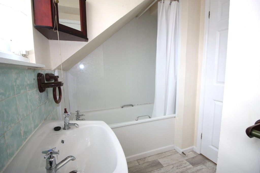 1 bed flat for sale in Friars Walk, St Leonards, Exeter 4