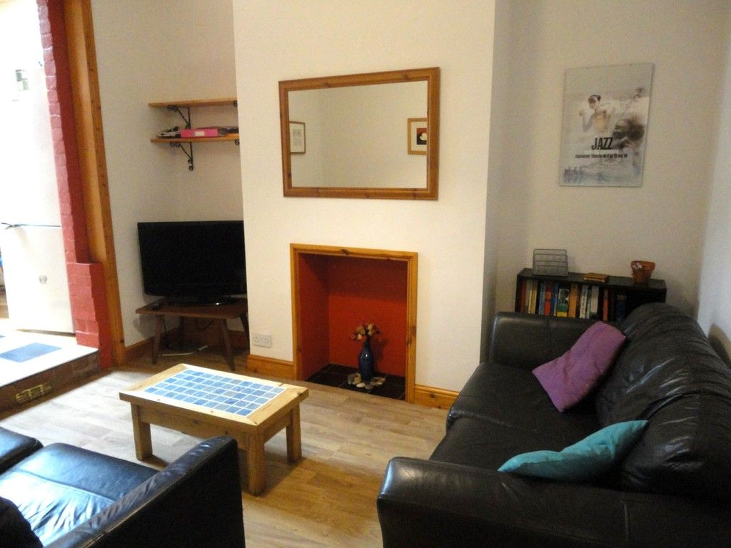 5 bed house for sale in Well Street SOLD STC in 7 DAYS , Exeter 3