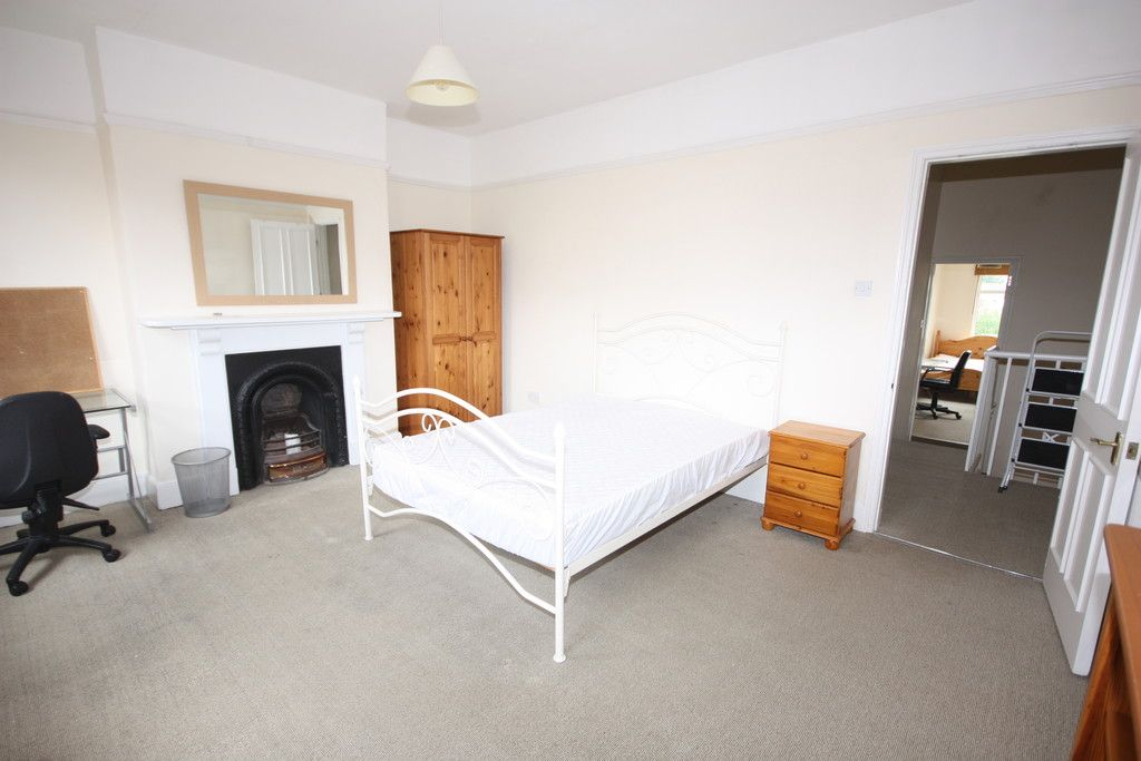 5 bed house for sale in Oxford Road, St James, Exeter 5