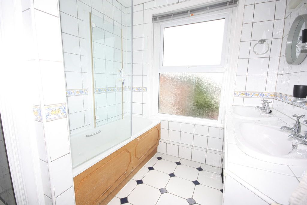 5 bed house for sale in Oxford Road, St James, Exeter 6