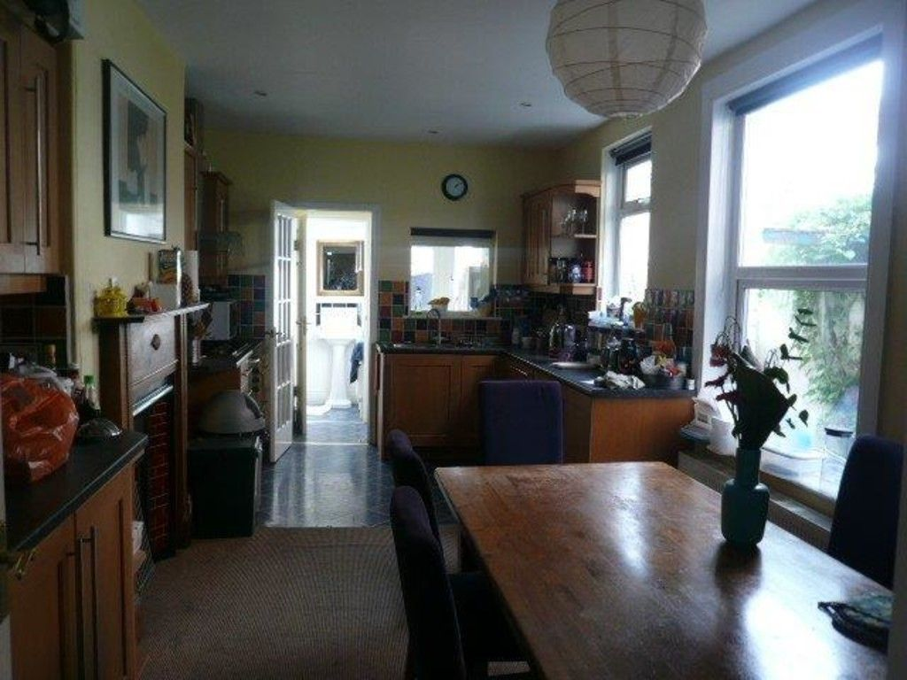 1 bed house to rent in St Johns Road 2