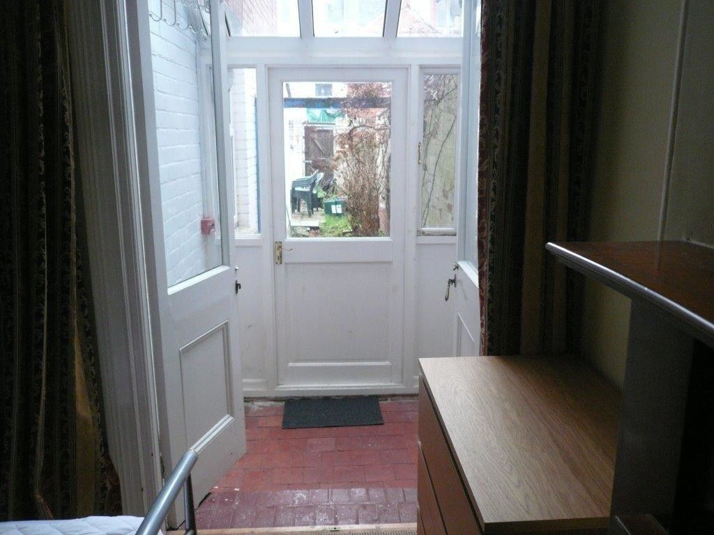 1 bed house to rent in St Johns Road 4