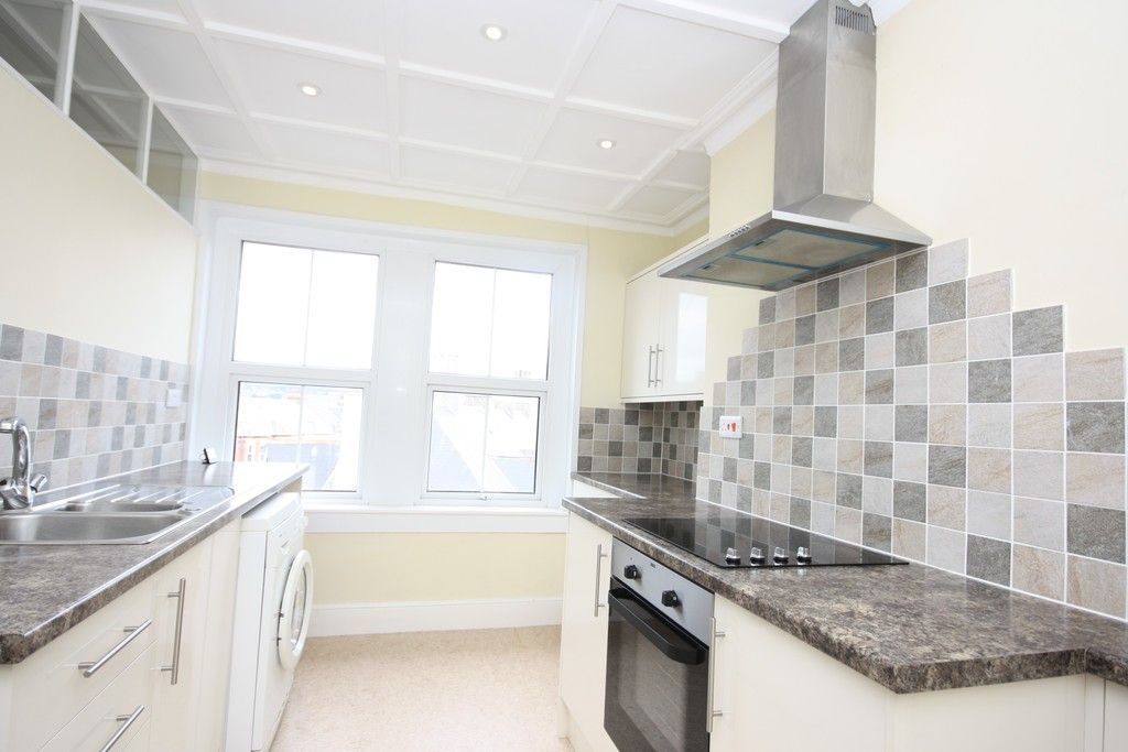 1 bed flat to rent in Alston Terrace, Exmouth 2