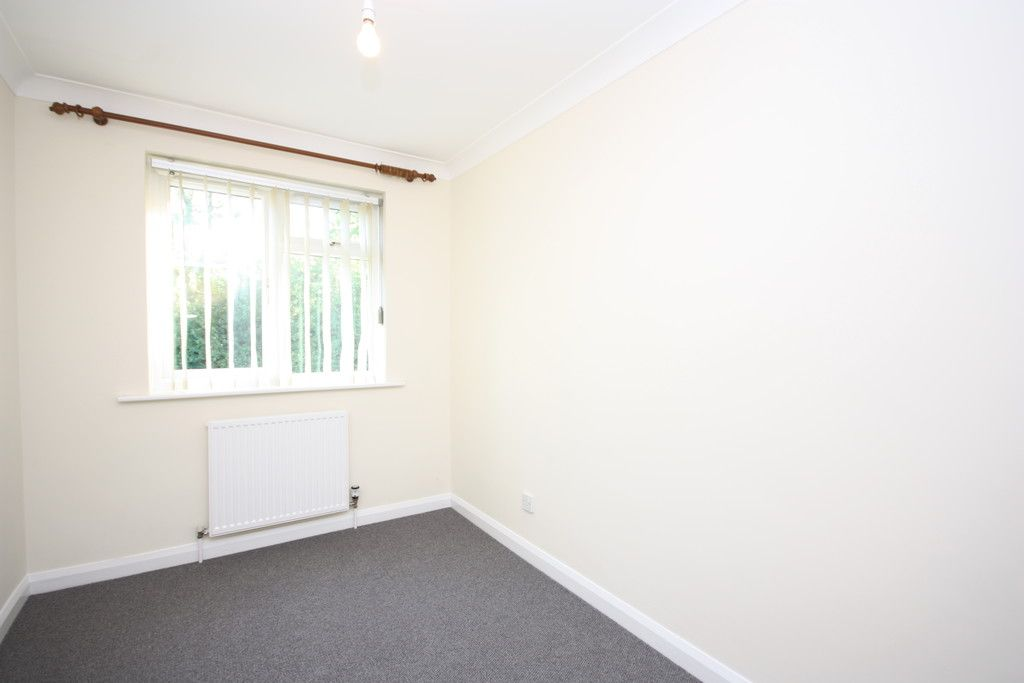 3 bed bungalow to rent in Ide, Exeter  - Property Image 12