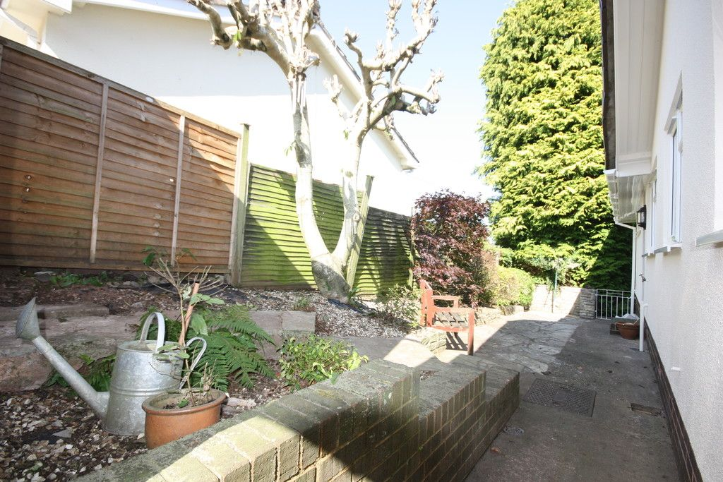 3 bed bungalow to rent in Ide, Exeter  - Property Image 10