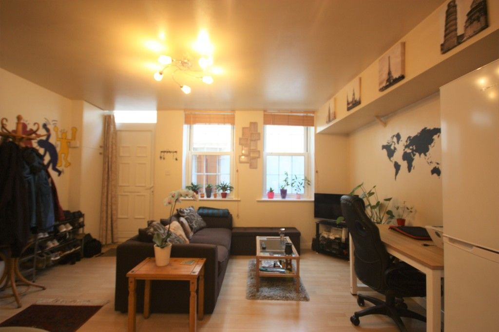 2 bed house to rent in Blackboy Road, Exeter 4