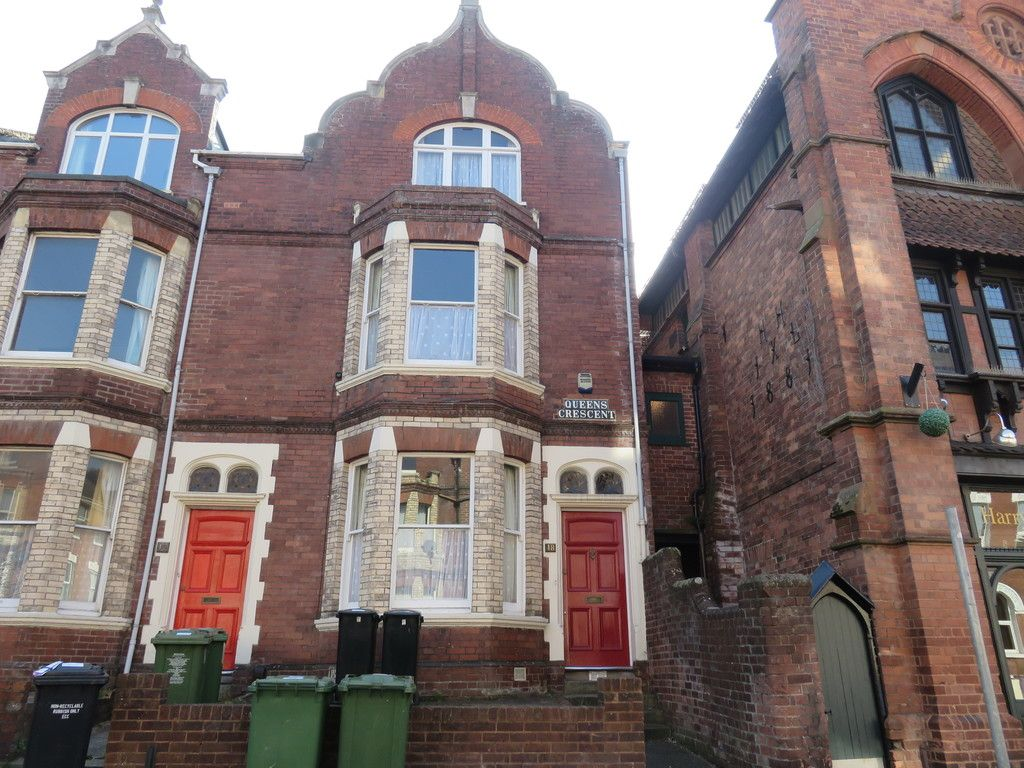 7 bed house for sale in Queens Crescent, St James, Exeter 1