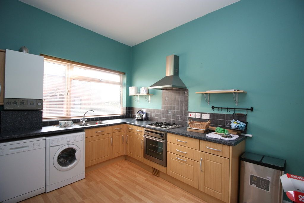 2 bed flat to rent in Old Tiverton Road 2
