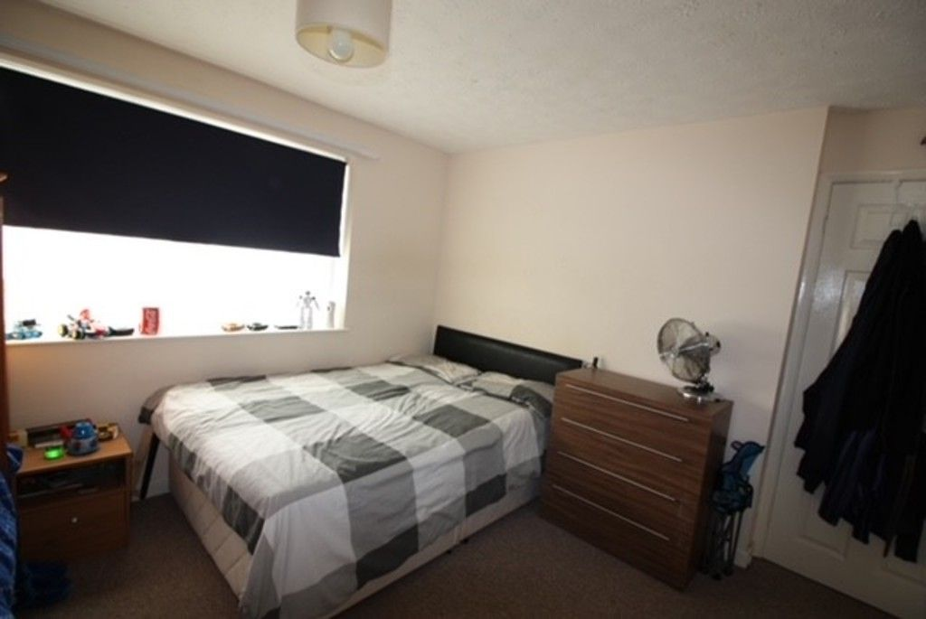 2 bed flat for sale in Churchill Avenue, Dawlish  - Property Image 4