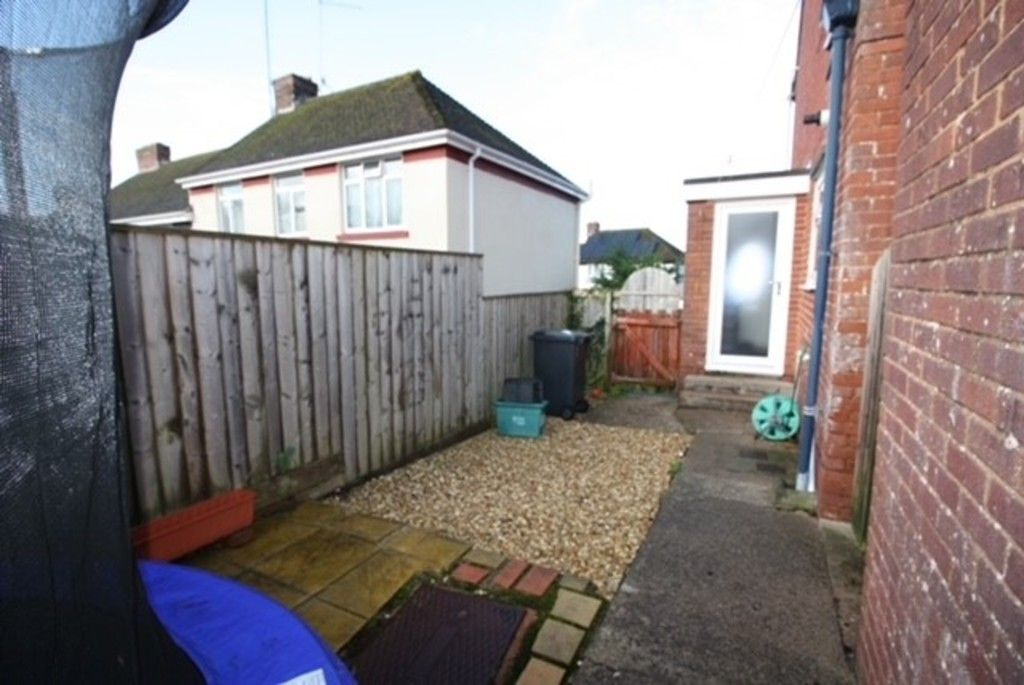 2 bed flat for sale in Churchill Avenue, Dawlish  - Property Image 10