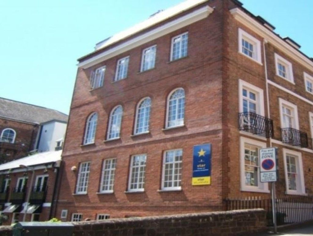 to rent in Northernhay Place, City Centre, Exeter, EX4
