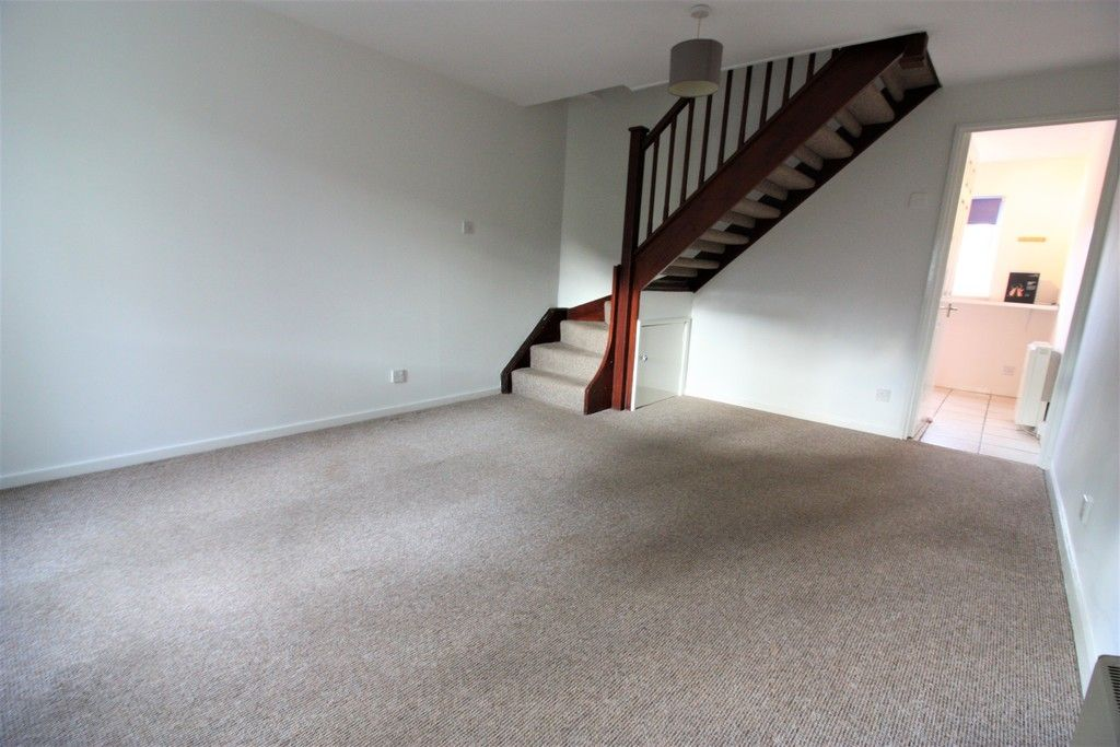 2 bed house for sale in Chantry Meadow, Alphington, Exeter  - Property Image 2