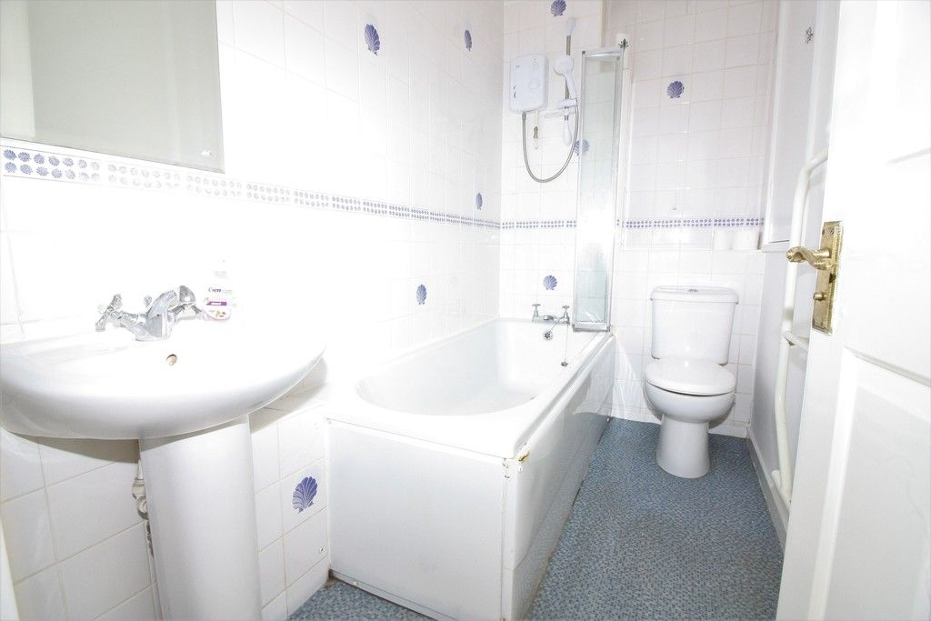 2 bed house for sale in Chantry Meadow, Alphington, Exeter 4