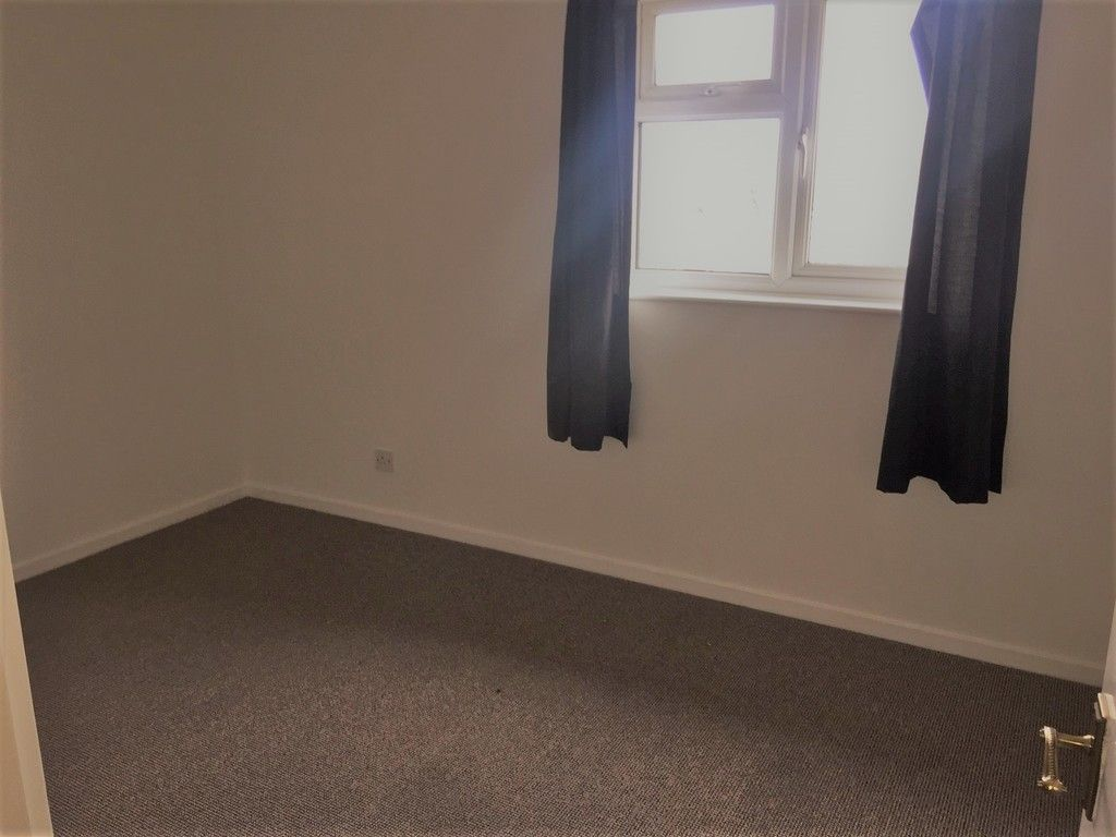 2 bed house for sale in Chantry Meadow, Alphington, Exeter 5