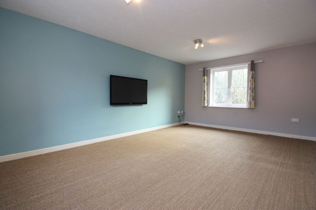 2 bed flat to rent in Lavender Road, Exwick, Exeter 7