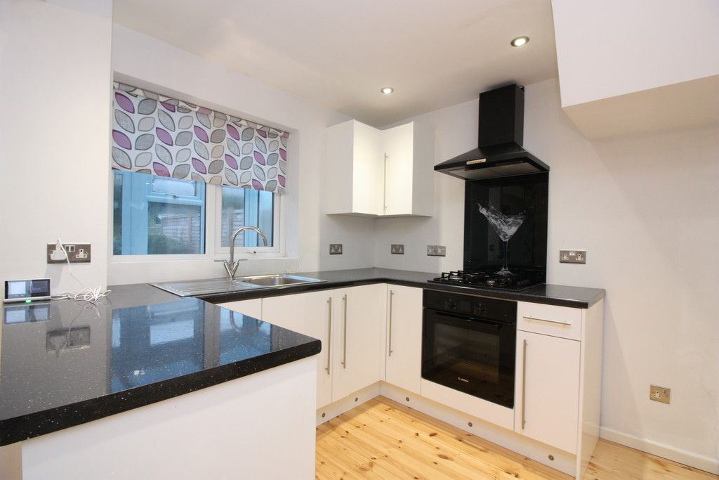 2 bed house to rent in Harrington Gardens, Pinhoe, Exeter  - Property Image 2