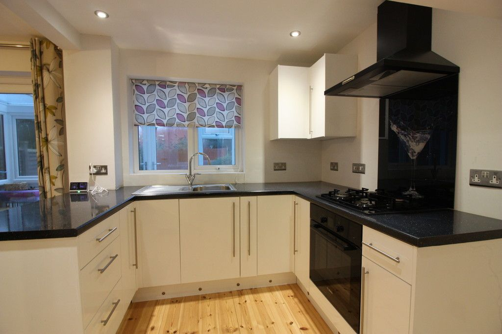 2 bed house to rent in Harrington Gardens, Pinhoe, Exeter  - Property Image 3