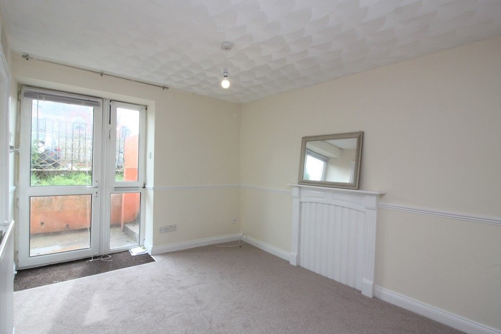 1 bed flat to rent in Baring Court, Weirfield Road 1