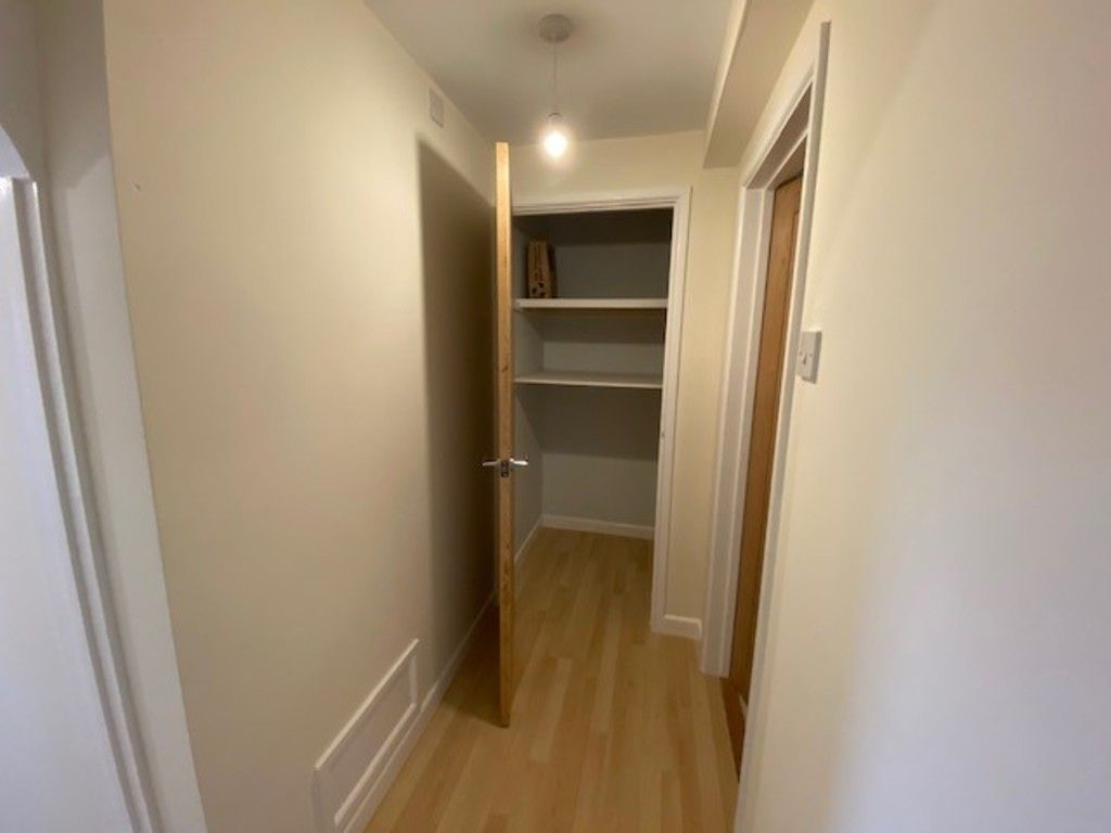 2 bed flat to rent in Upper Longlands, Dawlish   - Property Image 9