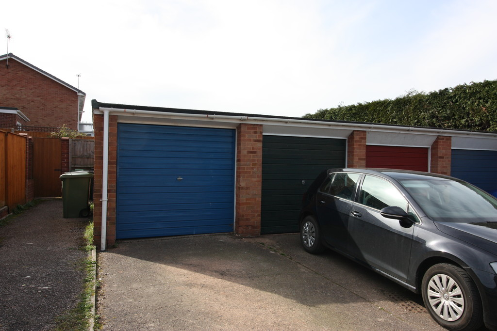 3 bed house to rent in Pinhoe, Exeter  - Property Image 11