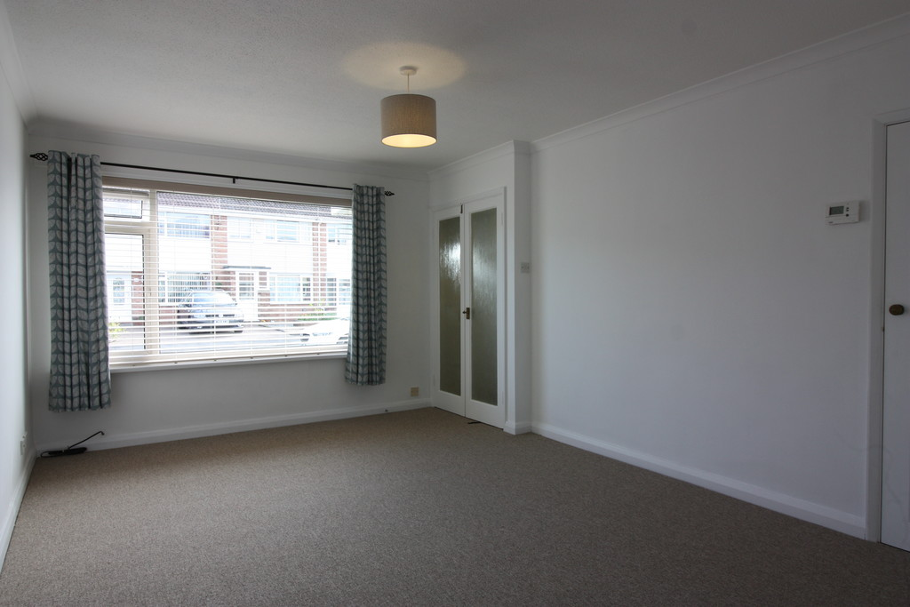 3 bed house to rent in Pinhoe, Exeter 3