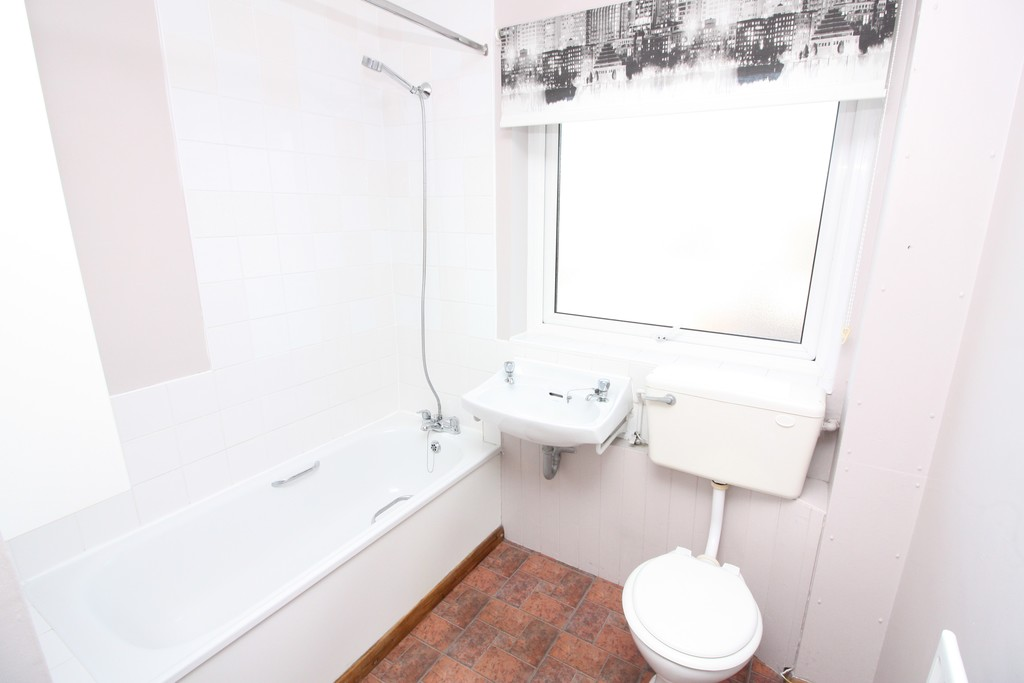 1 bed flat for sale in Sandford Walk, Newtown 5