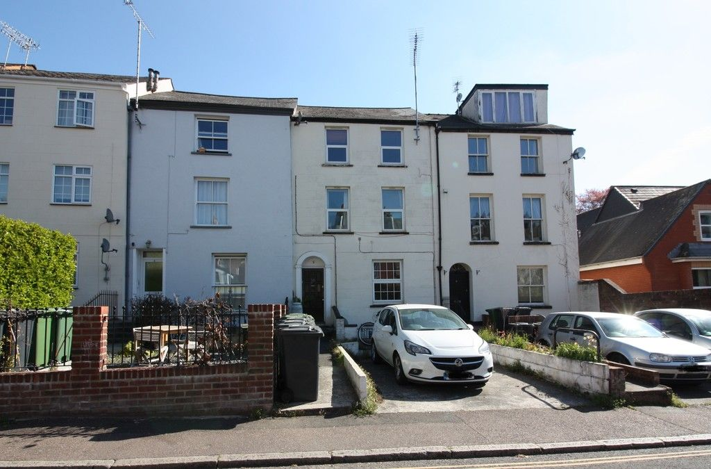 1 bed flat to rent in Grosvenor Place, Exeter, EX1