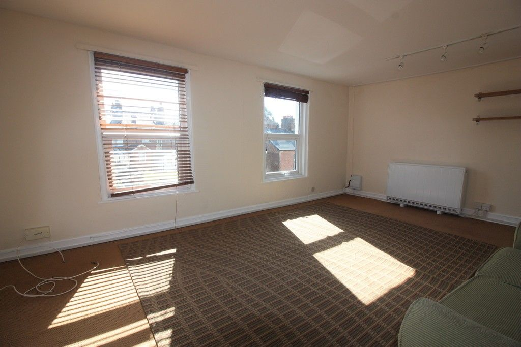 1 bed flat to rent in Grosvenor Place, Exeter 3