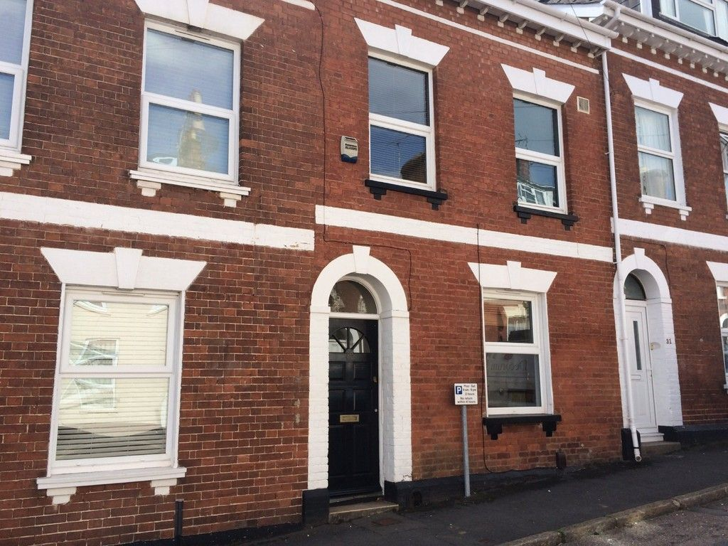 5 bed house to rent in Victoria Street, Exeter 1